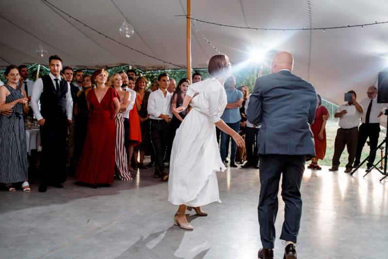 slub przyborowo 11 - naturalne zdjecia slubne - pierwszy taniec