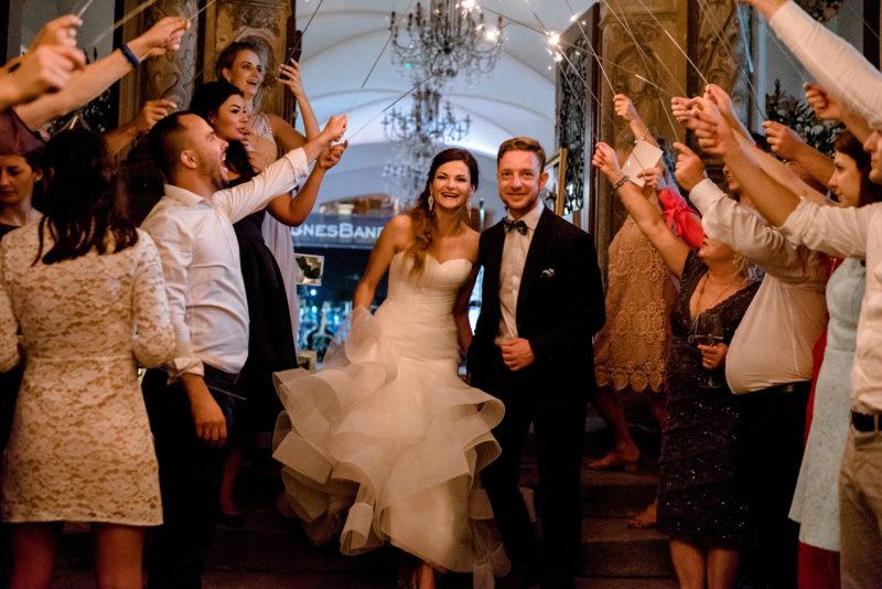 wesele w palacu mojecice - naturalny fotoreportaz slubny - zimne ognie
