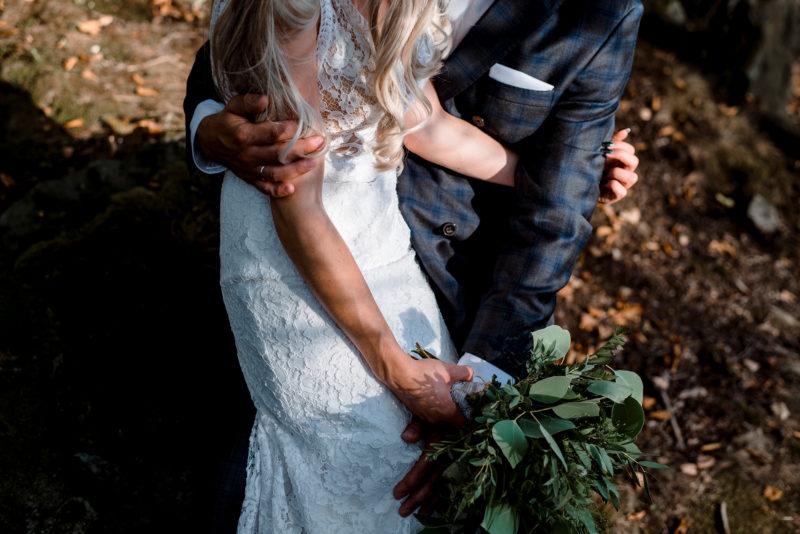 sesja slubna - park krajobrazowy ksiaz - romantyczne zdjecie slubne