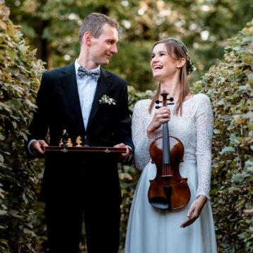 Sylwia i Michał – sesja ślubna w Parku Brochowskim