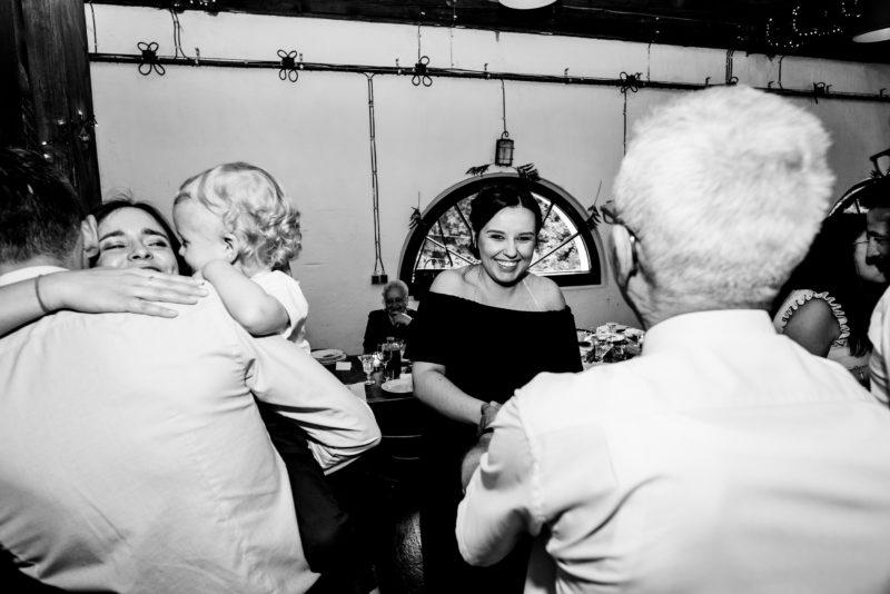 naturalne i radosne zdjecia slubne - wesele w starej kruszarni
