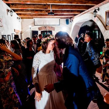 Gorrrący parkiet w Spichlerzu Galowice – wesele Dominiki i Mateusza
